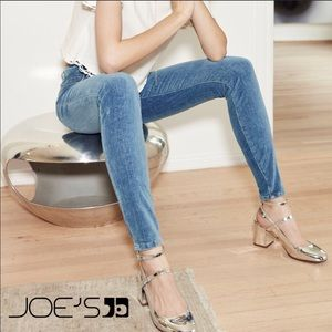 Joe's Jeans Velvet/Blue denim look